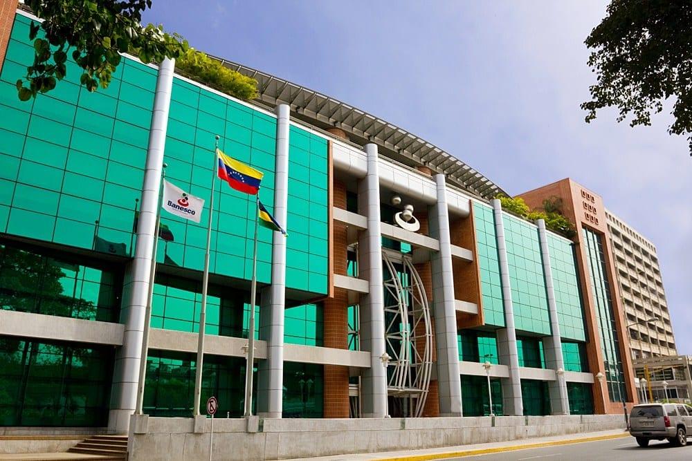 Liberan a ejecutivos de Banesco en Venezuela tras gestión de Zapatero