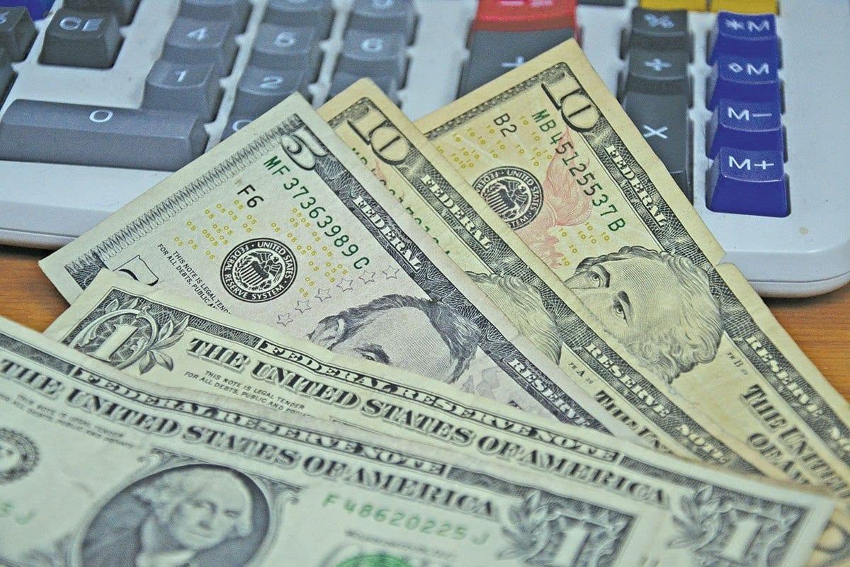 La Tasa Del Dólar Se Mantiene En El