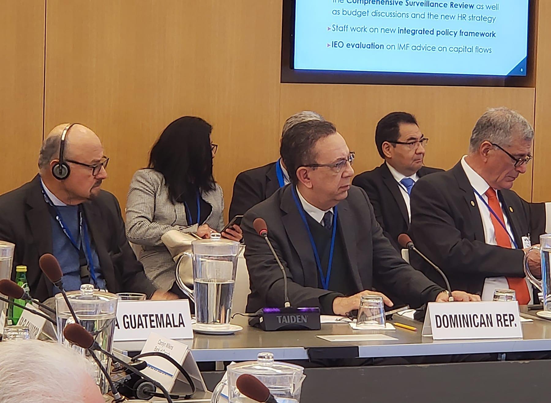 Gobernador Banco Central RD Lic. Valdez Albizu participa en las reuniones anuales del FMI y BM